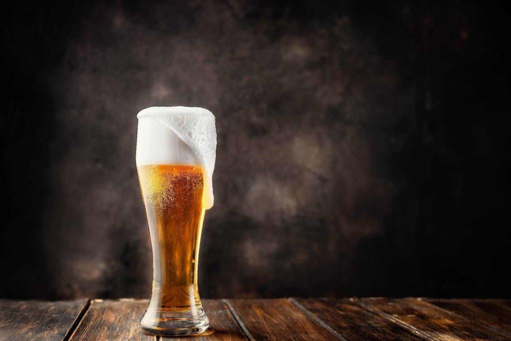 膽固醇過高避免喝酒